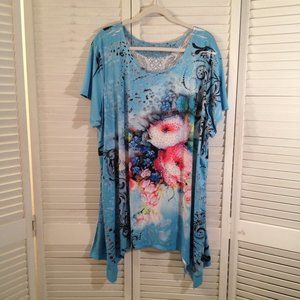 Life Style Woman 3X Blue Floral Studded Tunic Top